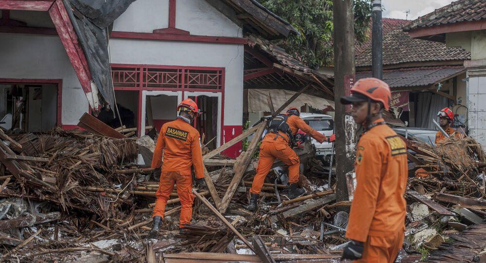 Consequências do tsunami na Indonésia