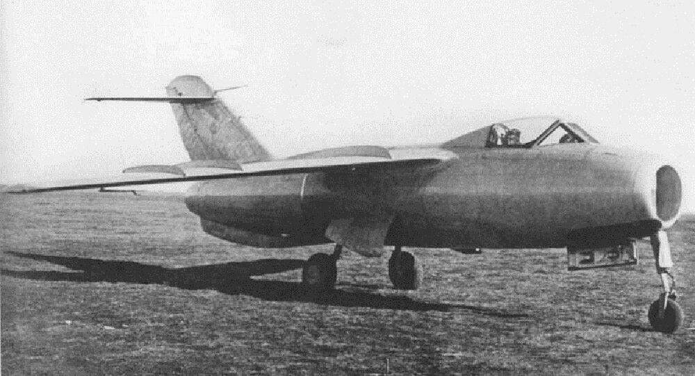 Caça supersônico La-176, foto de arquivo