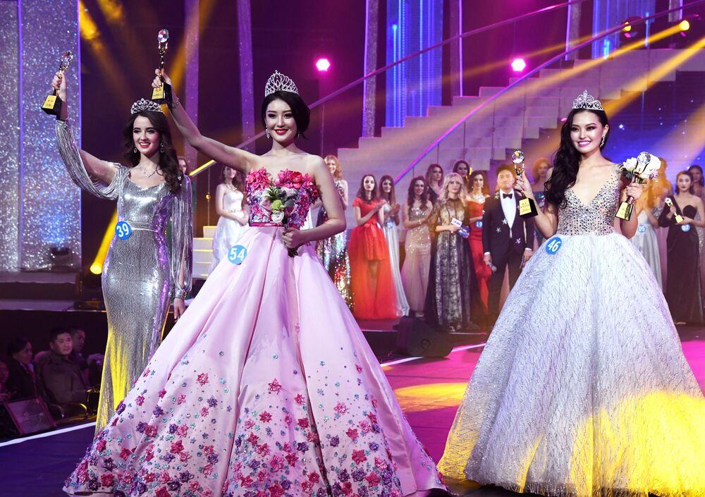 Vencedoras do concurso internacional Enviadas da Beleza 2018 em Manzhouli, na China