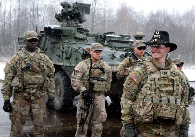 Soldados norte-americanos no Leste Europeu