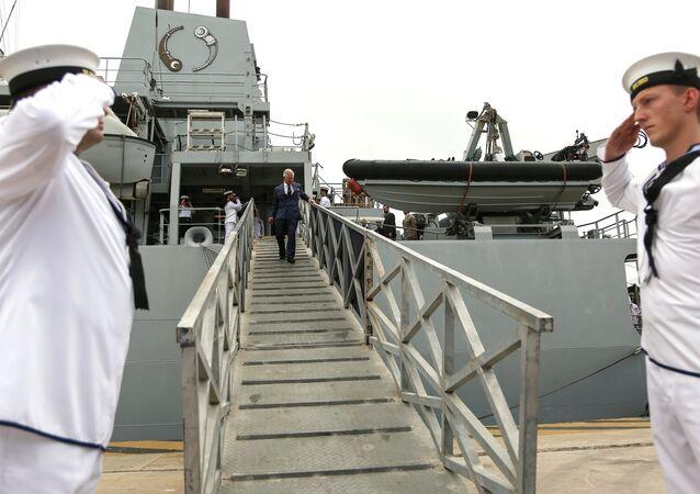 Navio HMS Echo da Marinha Real Britânica