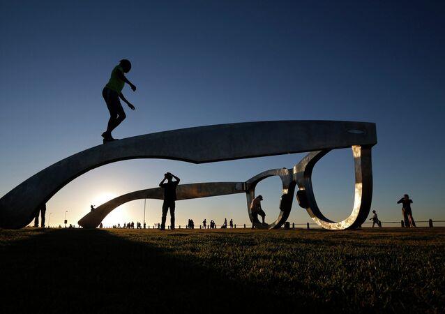 Escultura em Sea Point Promenade, Cidade do Cabo (arquivo)