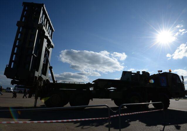 Sistema de mísseis russos S-350 Vityaz