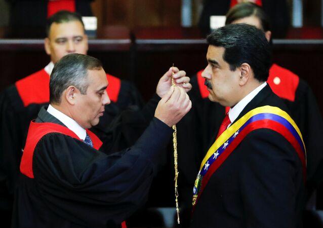 Nicolás Maduro, presidente da Venezuela, assume seu segundo mandato
