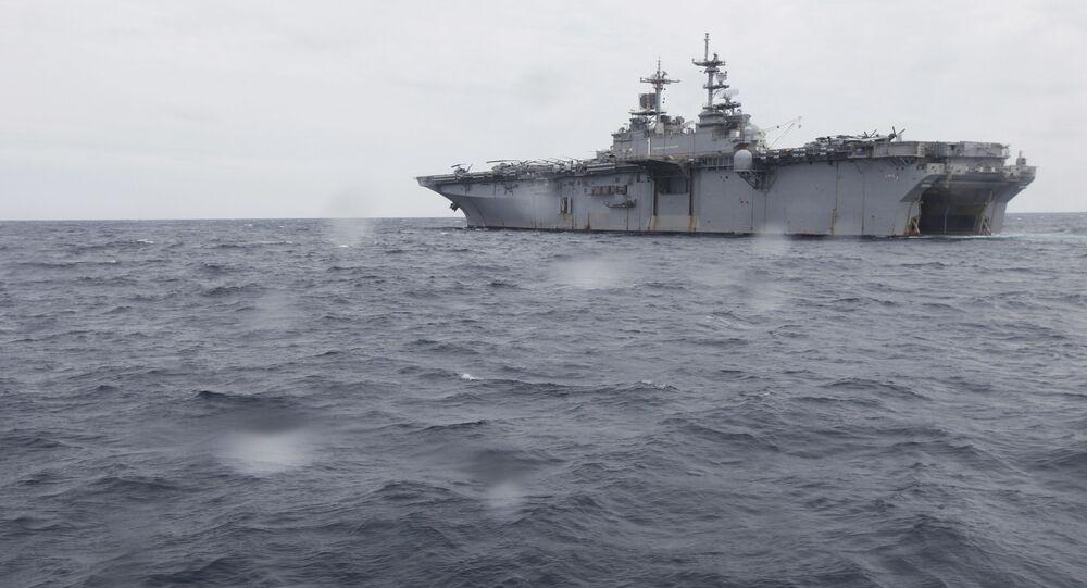 Navio de desembarque universal Wasp da Marinha dos EUA