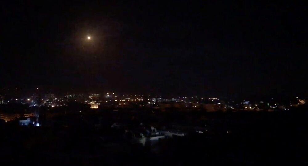 Um suposto míssil lançado por Israel contra o território sírio na noite de 20 de janeiro