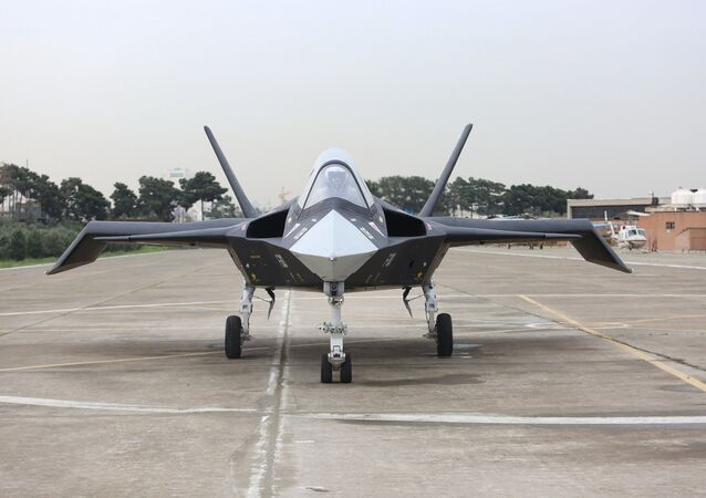Caça iraniano Qaher F-313