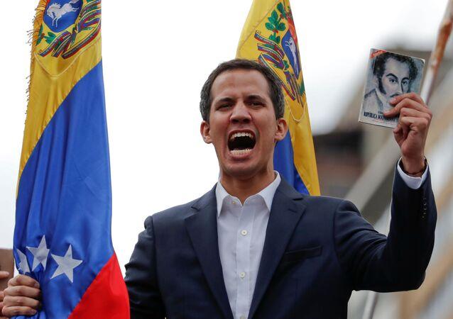 Juan Guaidó durante manifestação contra o presidente venezuelano, Nicolás Maduro, em Caracas