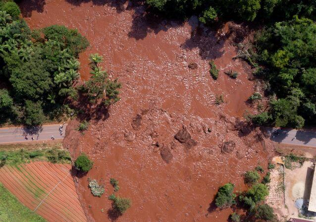 Vista aérea do desastre após rompimento de barragem perto de Brumadinho, Minas Gerais, Brasil, 25 de janeiro de 2019