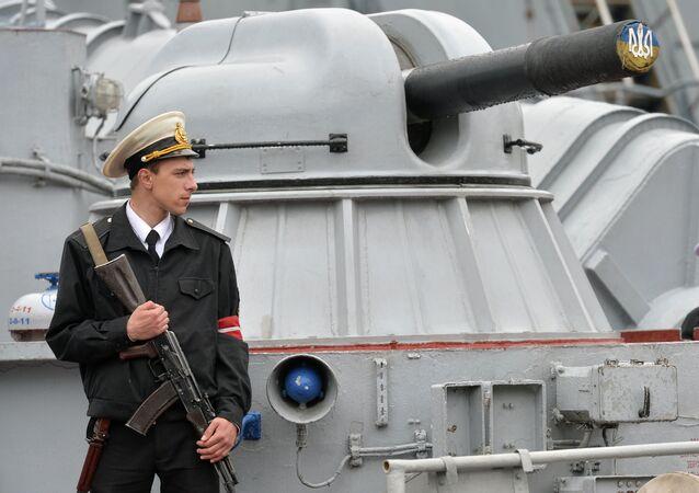 Marinheiro ucraniano de guarda em Odessa, em 3 de maio de 2015