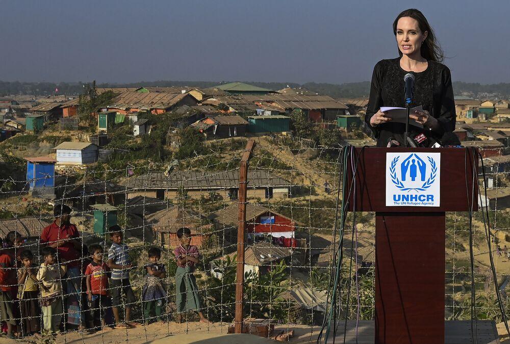 Atriz americana Angelina Jolie, enviada da ONU para refugiados, discursa durante visita a Bangladesh, 5 de fevereiro de 2019
