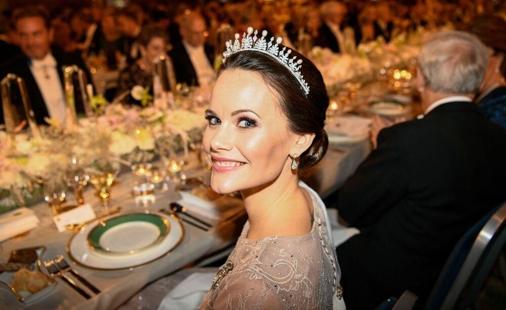 Sofia Hellqvist, princesa sueca que já foi modelo, garçonete, professora de yoga e participou de um projeto de caridade para ajudar crianças africanas. Em 2015, ela se casou com o príncipe Carl Philip