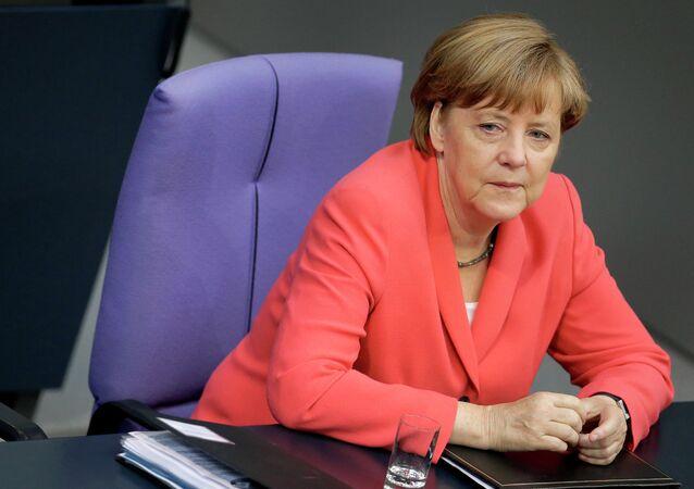 A chanceler alemã, Angela Merkel, no Bundestag