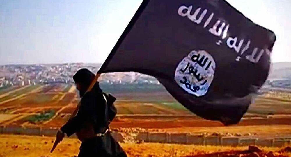 Combatente do Daesh.