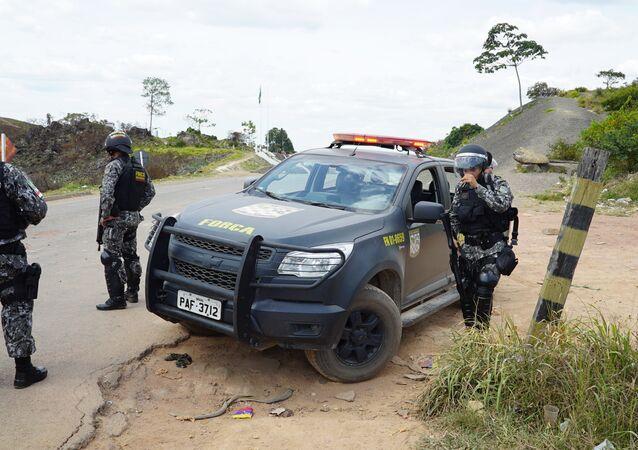 Força Nacional na fronteira do Brasil com a Venezuela, em Pacaraima, Roraima
