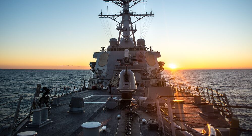 estróier de mísseis norte-americano USS Donald Cook da classe Arleigh Burke