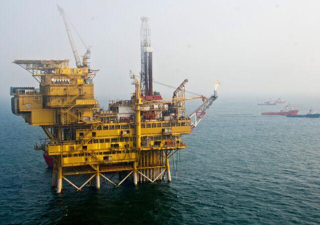 Plataforma petrolífera (imagem referencial)