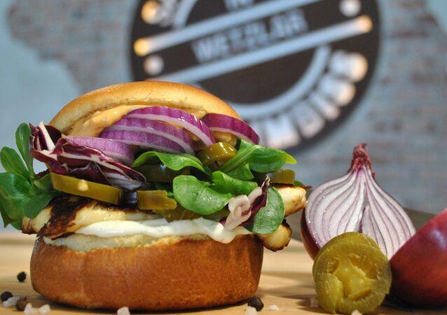 Hambúrguer (imagem referencial)