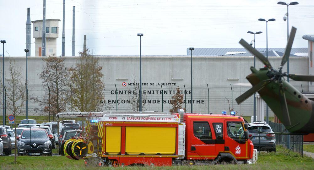 Movimentação na penitenciária de Alencon, em Condé-sur-Sarthe, comuna da região francesa da Normandia