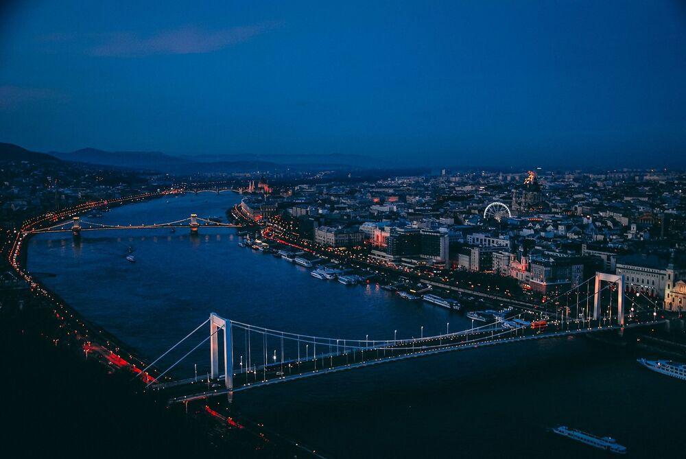 Vista do rio Danúbio em Budapeste, capital da Hungria. É o segundo rio mais longo da Europa