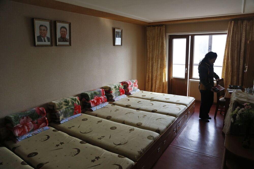 Uma habitação na residência da fábrica têxtil de Pyongyang
