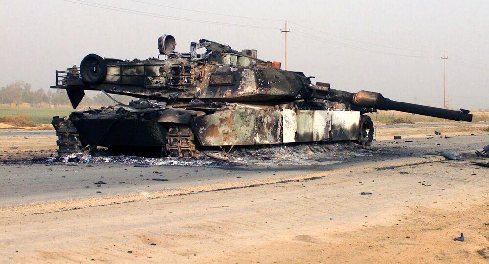 Tanque M1A1 Abrams americano destruído (foto de arquivo)