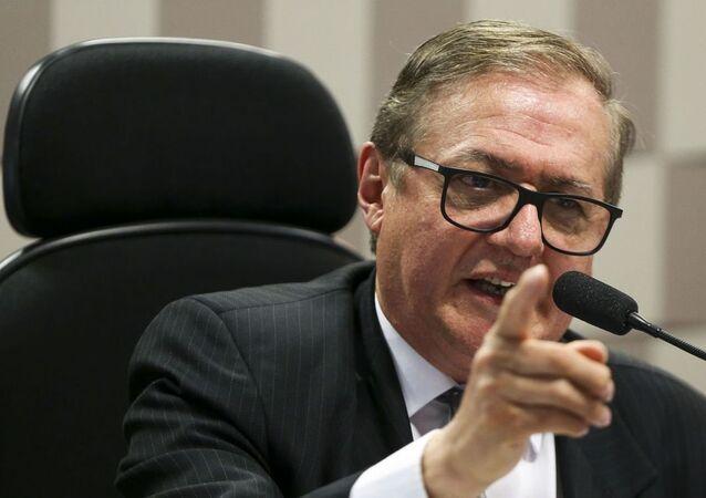 O ministro da Educação, Ricardo Vélez Rodríguez, durante audiência pública da Comissão de Educação, Cultura e Esporte (CE) do Senado