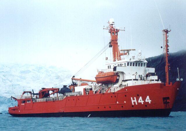 Novo navio quebra-gelo brasileiro vai substituir a embarcação NApOc Ary Rongel