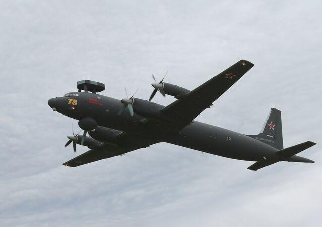Avião antissubmarino Il-38
