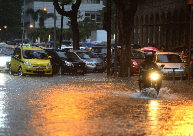 Alagamentos atingem pontos do Rio de Janeiro após forte chuva (arquivo)