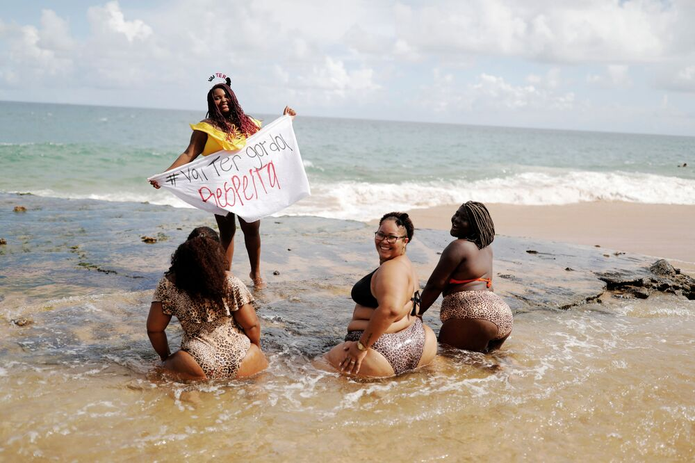 Mulheres protestam contra a gordofobia no Brasil