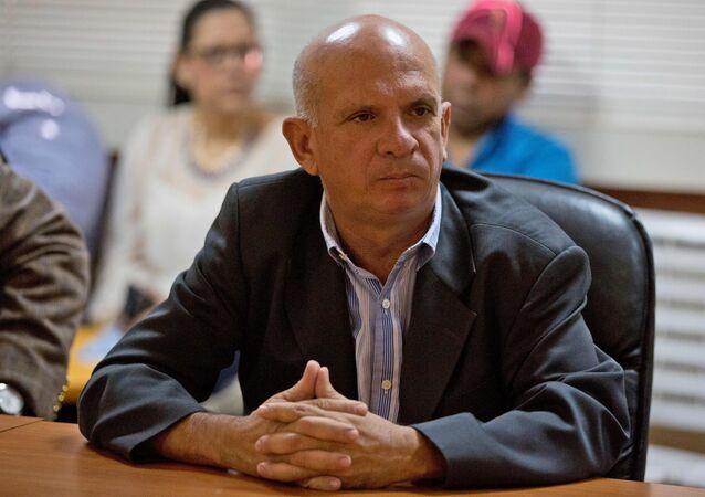 Ex-general venezuelano Hugo Carvajal participa de reunião na Assembleia Nacional (arquivo)