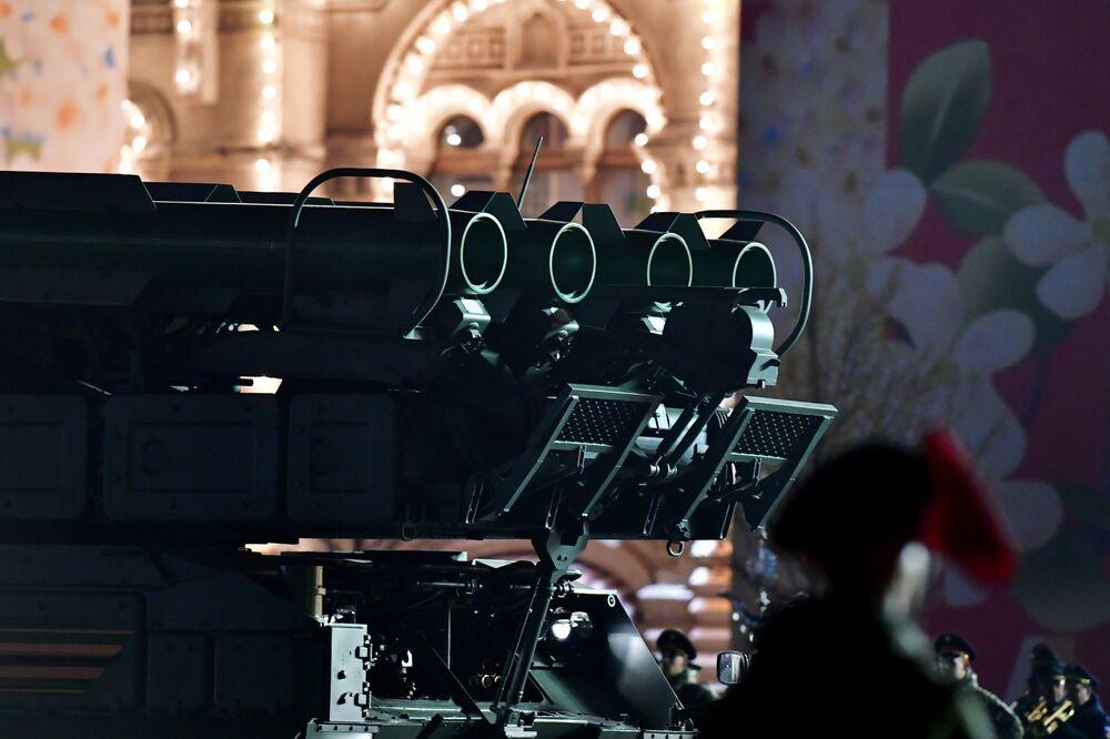 Sistema de mísseis antiaéreos Buk-M2 no ensaio da Parada da Vitória dedicada ao seu 74º aniversário, Rússia