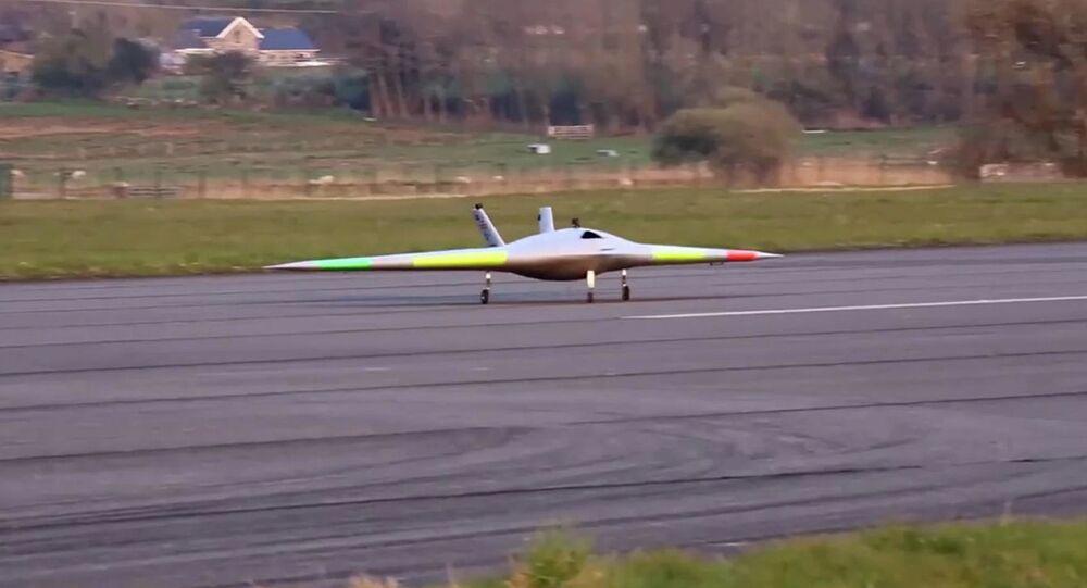 Drone furtivo Magma