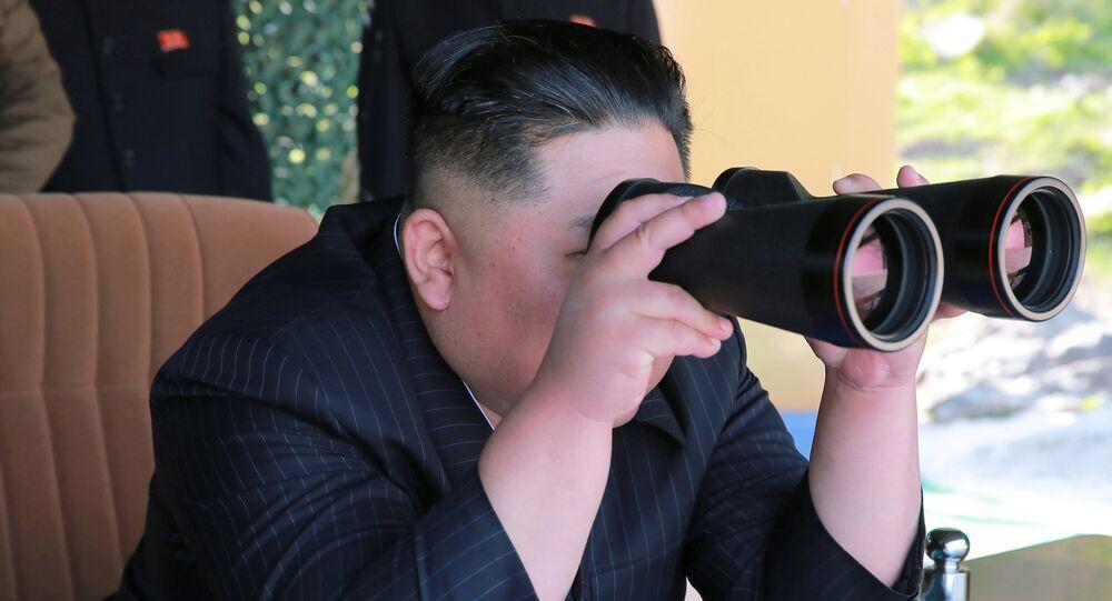 Kim Jong-un assistido o lançamento de mísseis norte-coreanos, 9 de maio de 2019