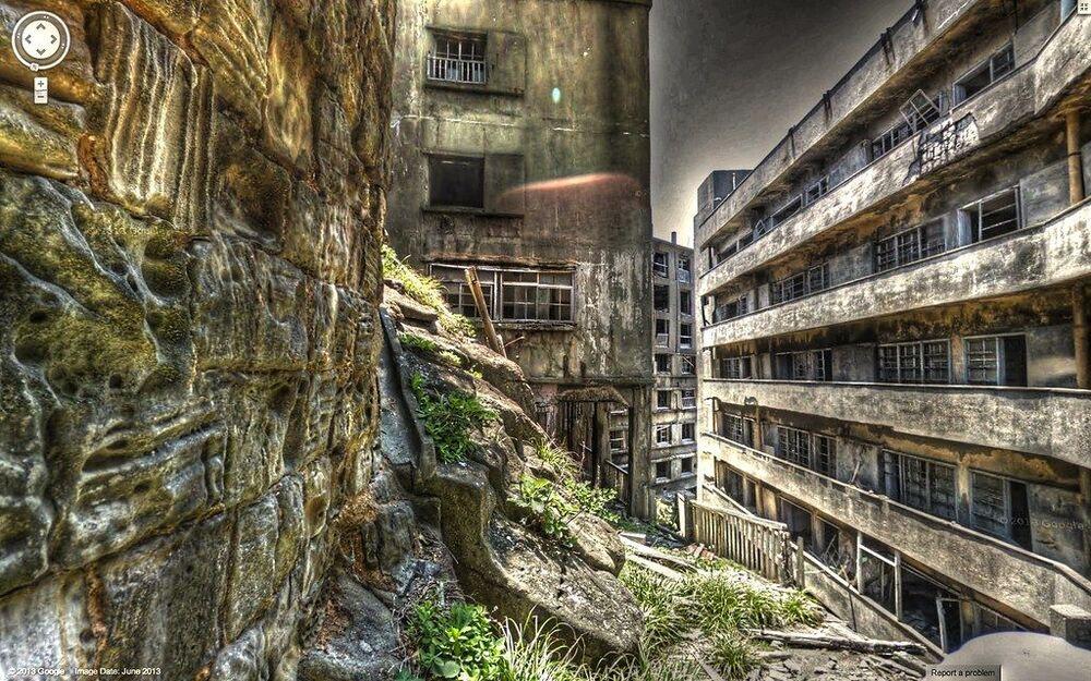 Imagem ilustrativa da ilha Fantasma de Hashima, situada a 15 km da cidade de Nagasaki (Japão), é um local abandonado de 60.000 metros quadrados repleto de ruínas de concreto utilizado na década de 50 como lar para trabalhadores das minas de carvão