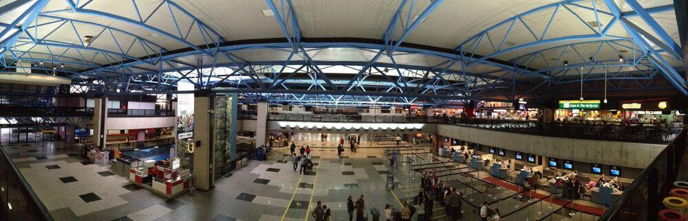 Aeroporto Internacional Afonso Pena em São José dos Pinhais/PR, Brasil
