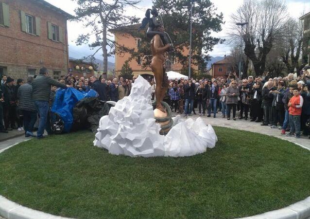 Estátua de deus da mitologia romana, na comuna italiana de Vergato, província de Bolonha