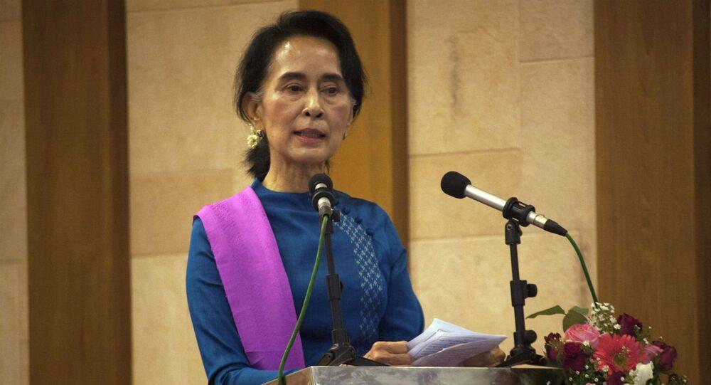 Aung San Suu Kyi, Prêmio Nobel da Paz em 1991 e líder da oposição de Mianmar.