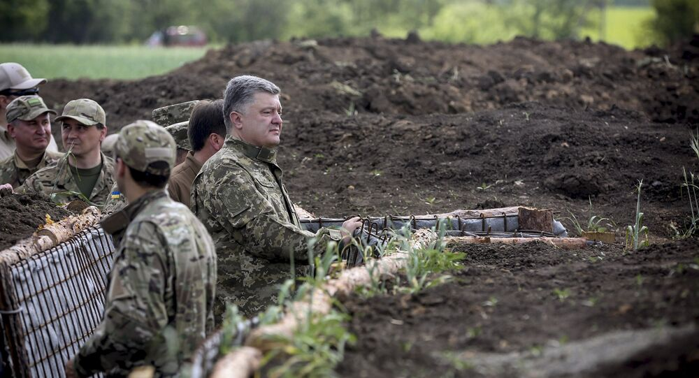 Presidente ucraniano Pyotr Poroshenko em Donetsk