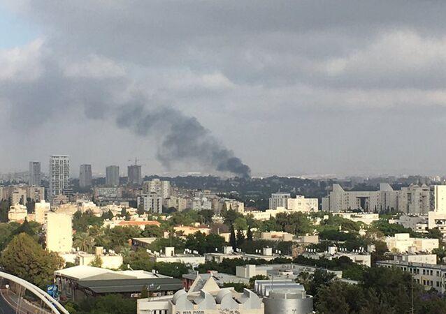 Fogo em base militar em Tel Avive, Israel