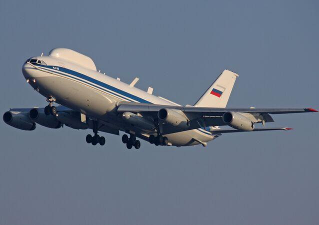 Posto de comando aéreo com base no avião Il-80