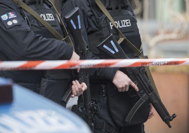 Agentes da polícia alemã durante operação (arquivo)