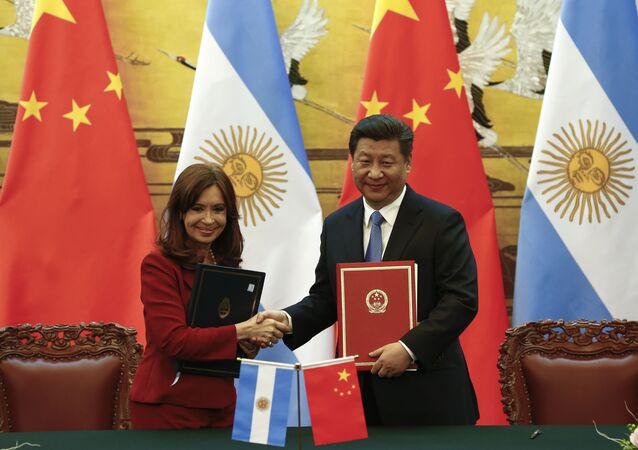 A presidente da Argentina Cristina Fernandez de Kirchner e o presidente da China Xi Jinping