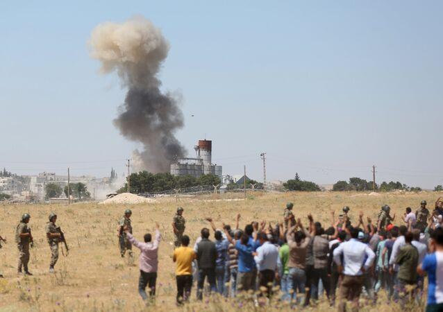 Explosão em Kobani, na Síria.