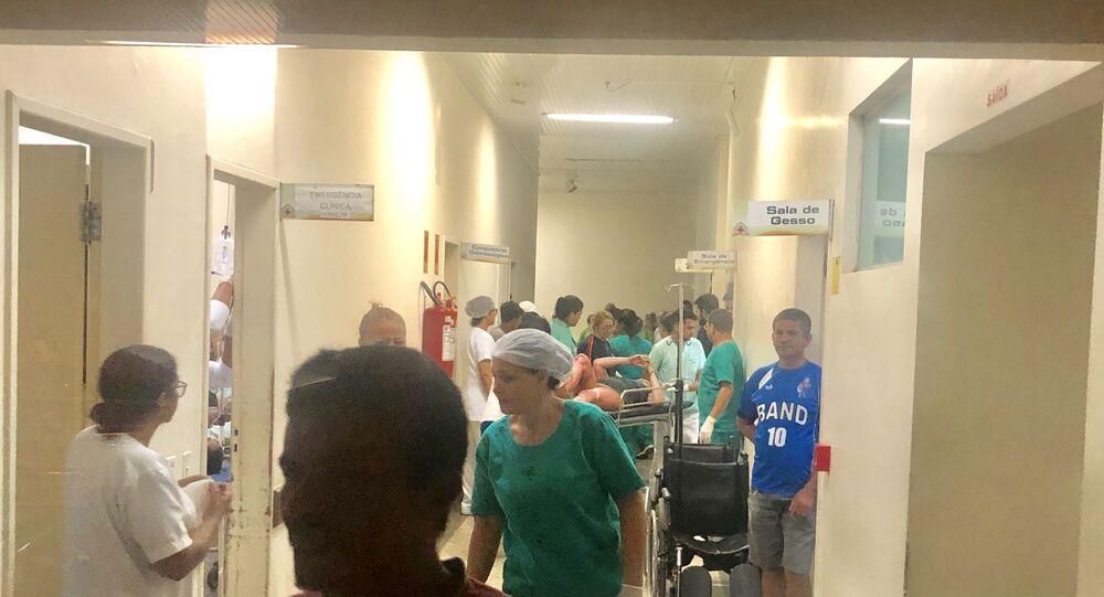 Imagem que circula em redes sociais mostra momento em que vítimas de explosão chegam em hospital no Acre.