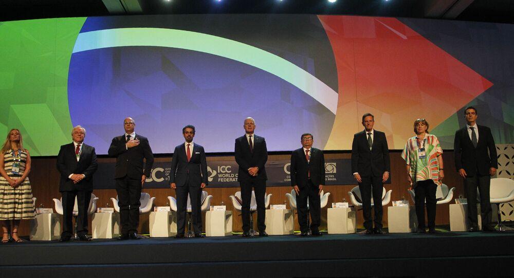 Congresso Mundial de Câmaras  reúne Câmaras de Comércio e investidores de várias partes do mundo no Rio de Janeiro. Na foto, estão o governador do estado do Rio de Janeiro, Wilson Witzel (3º da esquerda para a direita) e também o prefeito do Rio de Janeiro, Marcel Crivella (3º da direita para a esquerda).