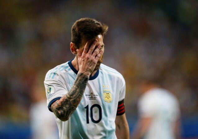 Lionel Messi durante partida contra a Colômbia, em Salvador, para a Copa América.