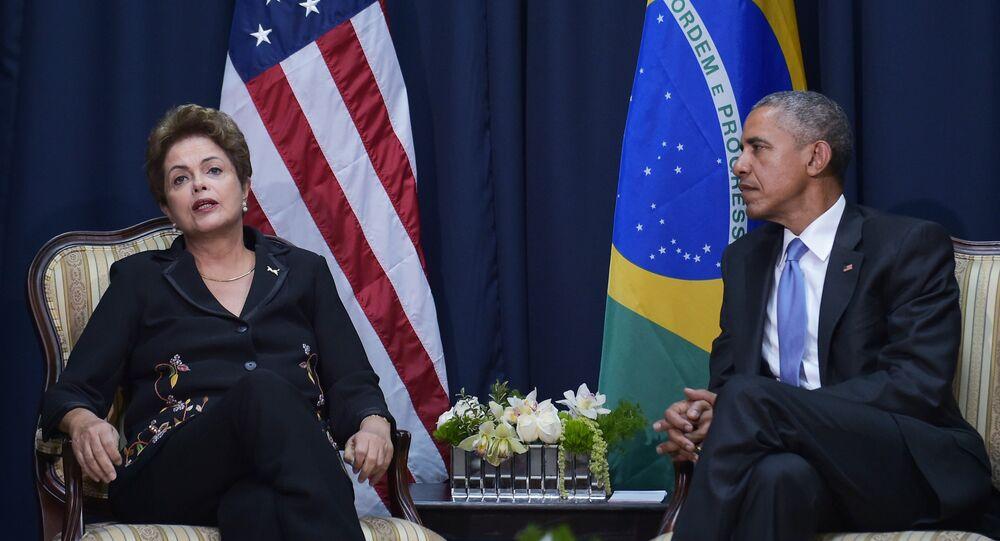 A presidenta do Brasil, Dilma Rousseff, e o presidente dos EUA, Barack Obama, em encontro reservado durante a Cúpula das Américas, em 11 de abril, no Panamá