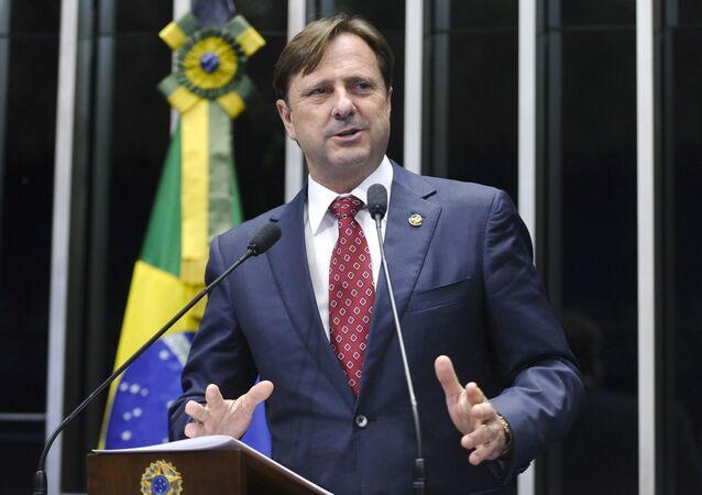 Senador Acir Gurgacz (PDT-RO).